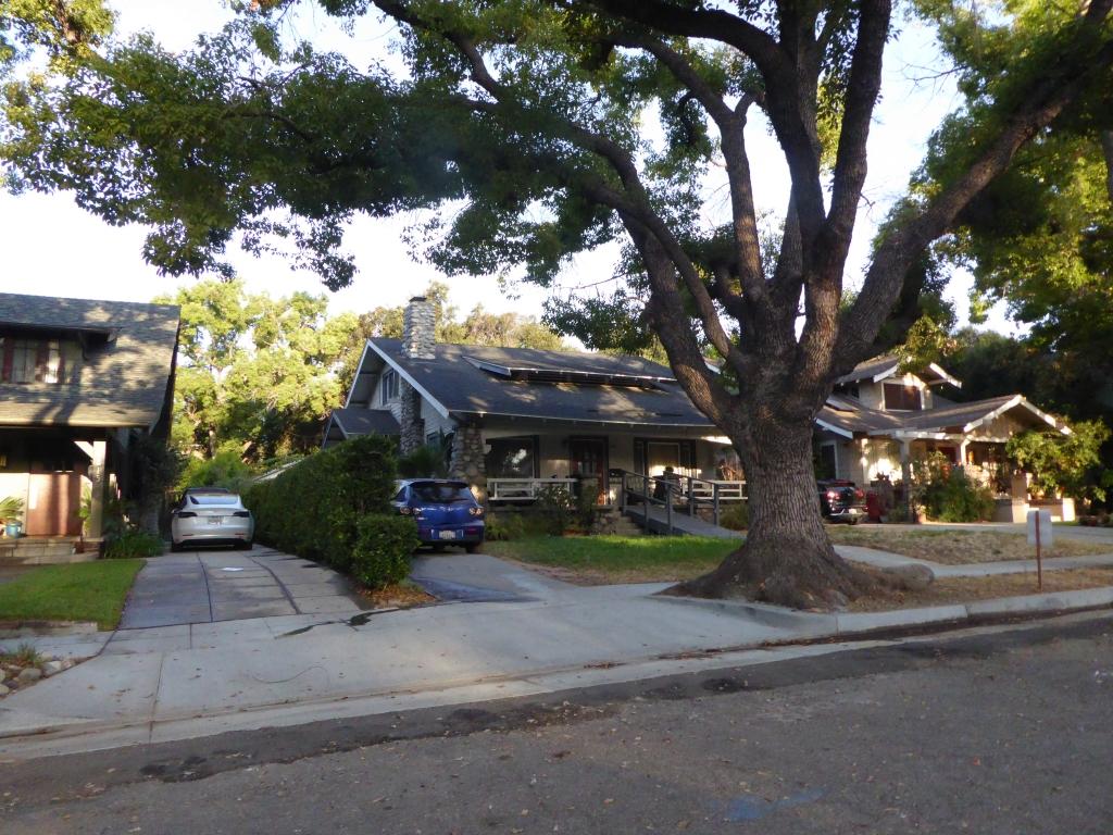 Haus von Biff Tannen (Anschrift: 1809 Bushnell Ave, South Pasadena, CA 91030)