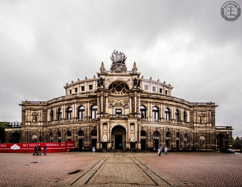 Semperoper in Dresden im Juli 2018