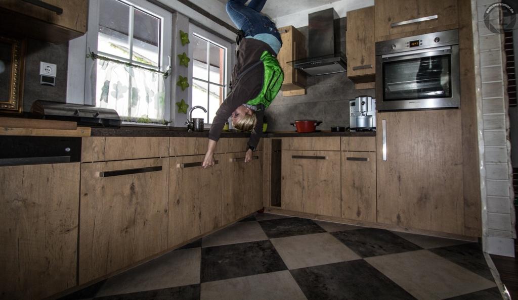 haus steht kopf dschungelhaus belichterstatter. Black Bedroom Furniture Sets. Home Design Ideas
