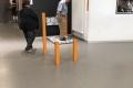 im Museum der Illusionen in Berlin (iPhone-Bild): Ja, der Mann wußte, daß er fotografiert wird.