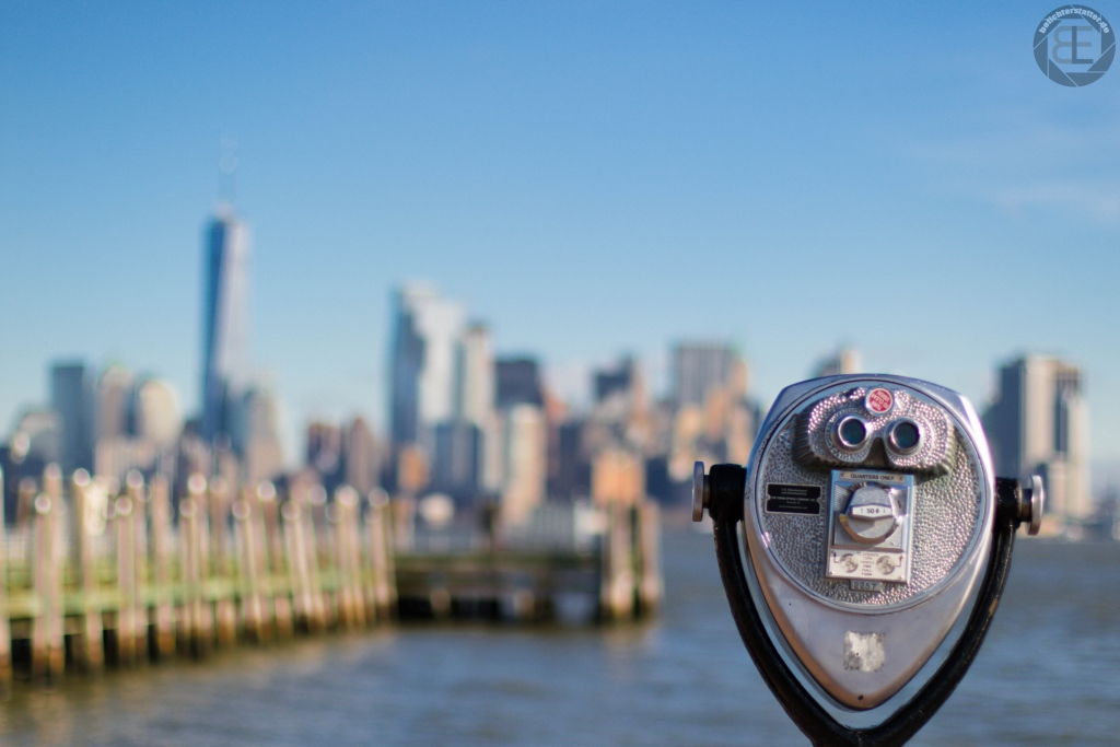 New York City 2019: Financial District von Liberty Island aus