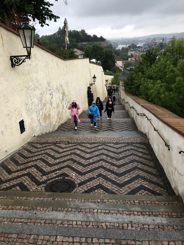 Aufstieg zur Prager Burg (iPhone-Bild)