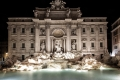 Fontana di Trevi bei Nacht