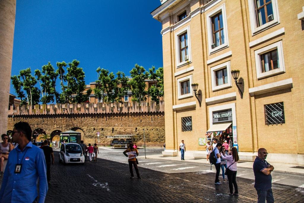 Piazza Papa Pio XII