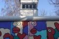 Mauerstück und Wachturm im AlliiertenMuseum in Berlin